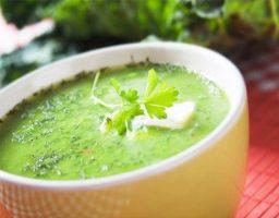 Sopa de brócoli y queso